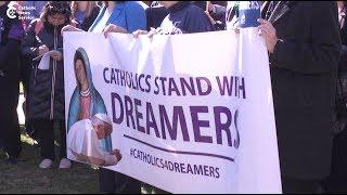 Catholics face arrest to help Dreamers