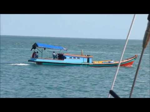 Migrations 21: Indonesian Boats