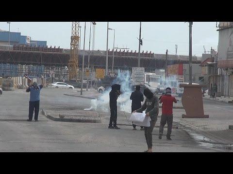 """قمع مسيرة """"رجال صدقوا"""" في بلدة النويدرات 24/3/2017 Bahrain"""