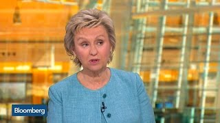 Tina Brown Wants to Know How Sanders Would Get Anything Done