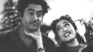 Ankhon Mein Tum Ho - Kishore Kumar, Madhubala, Half Ticket Comedy Song