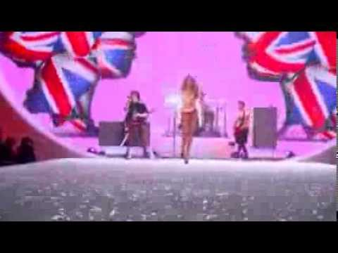 Victorias Secret Show Highlights-Taylor Swift performance-XFactor 7 ita-100 Fashion Blog