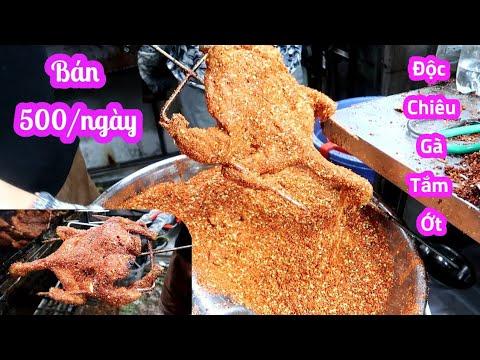Độc chiêu gà tắm ớt ngày bán 300 trăm con xếp hàng mua trên vỉa hè Sài Gòn