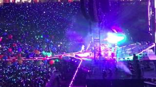 Viva La Vida and Adventure Of A Lifetime (Coldplay Singapore 2017)