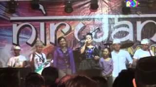 OM. NIRWANA PROBOLINGGO- EDAN TURUN - RENY FARIDA