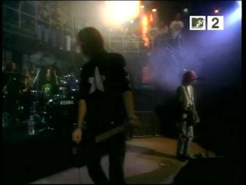 Nirvana - School (live at MTV Studios 1992)