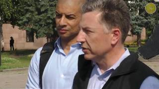 """Курт Волкер: На Донбасі йде """"гаряча"""" війна"""