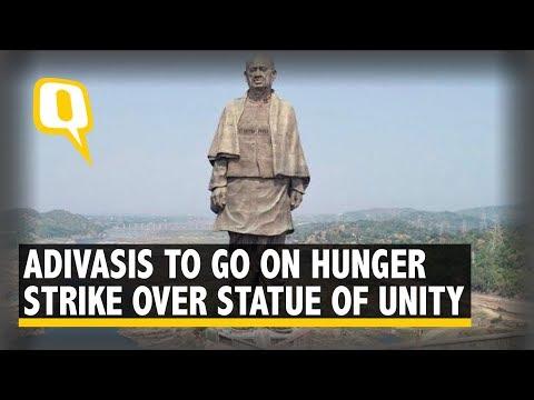 Gujarat Adivasis Protest 'Statue of Unity', Vandalise BJP Posters | The Quint