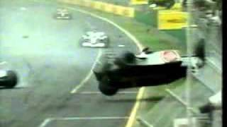 F1 Australia 2001 Jacques Villeneuve crash (how the marshal was killed)