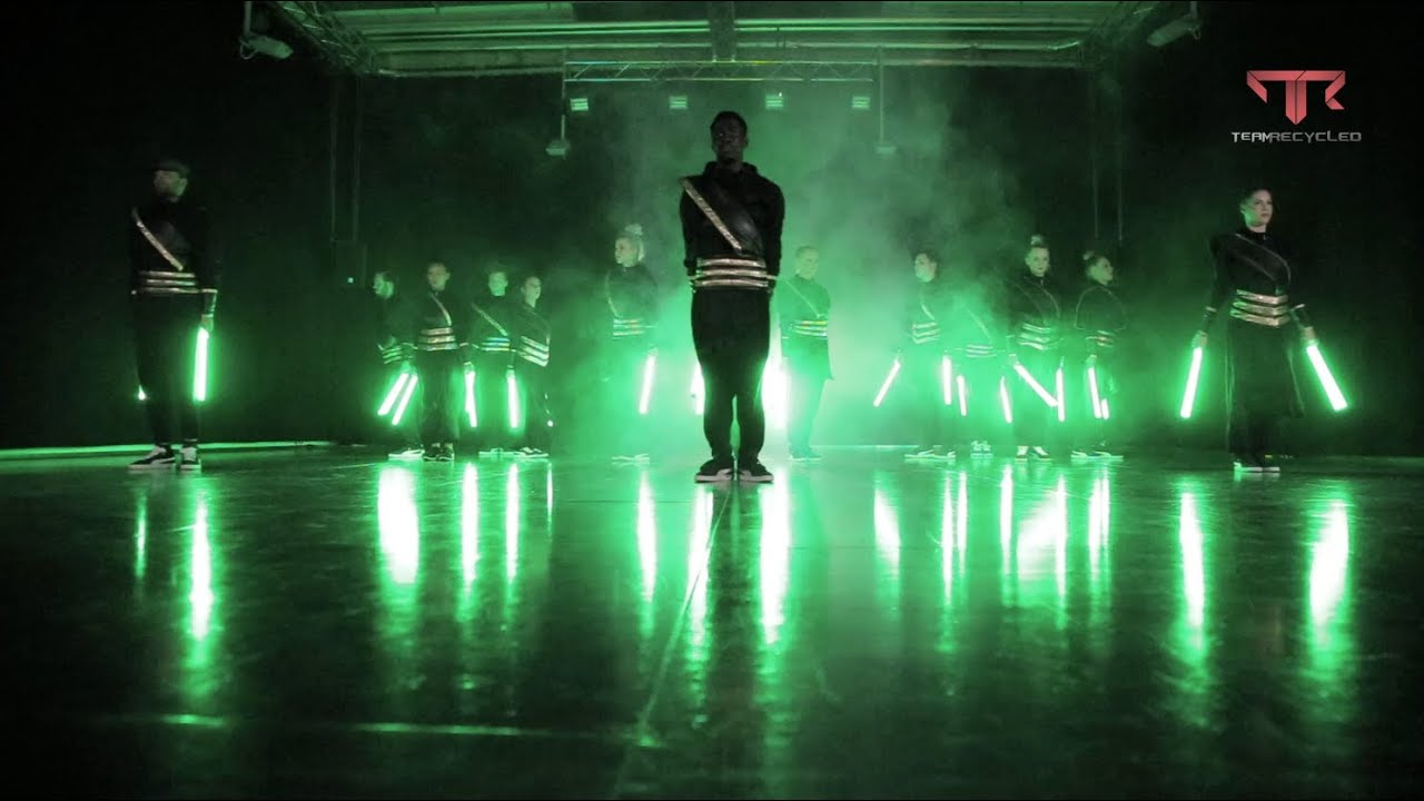 TR LIGHTS |  Beijing Show  Lightsaber Performance APASHE - NO TWERK - YouTube & TR LIGHTS |