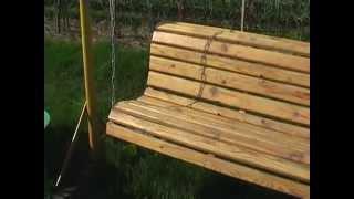 Садовые качели своими руками (обзор)