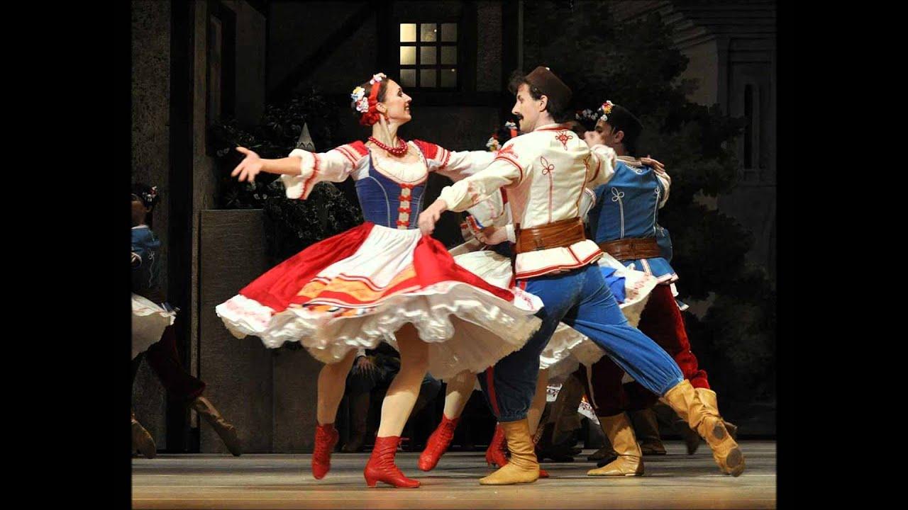 Танцы с задиранием ног 16 фотография