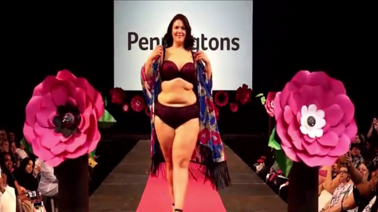 Fashion weekend Plus Size 2017 / Plus Size Beautiful Ladies, But The Lingerie (Bikini) Fashion Show