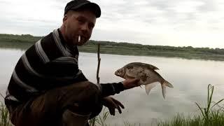 Необычная рыбалка атака щуки спасения рыбака украшение бешеной лодки что нас ждёт дальше