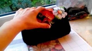 Сумочка-клатч, вышивка на пластиковой канве