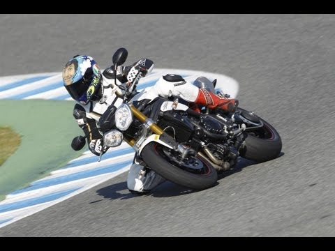 Triumph Speed Triple R 2012 - Test Jerez Racetrack
