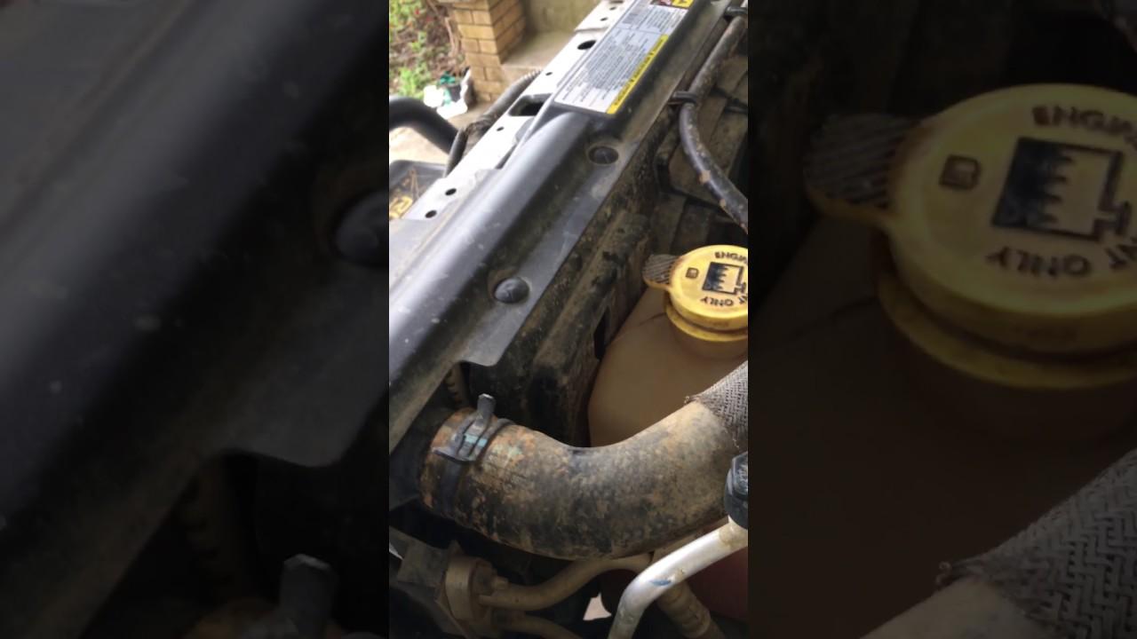 2010 jeep wrangler radiator drain plug Clogged
