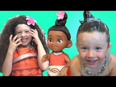 Learning Colors with Baby Moana bath time fun toys Family pretend playtime