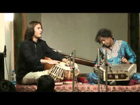 Pdt. Tarun Bhattacharya (santoor) & Arif Khan (tabla)
