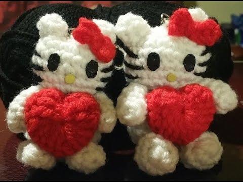 Amigurumi Heartless Pattern : Tutorial Hello Kitty alluncinetto amigurumi - miniatura ...