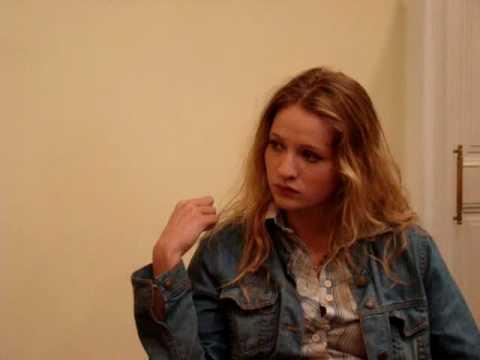 Entrevista a Christa Theret : Durante su visita a México para el 13° Tour de Cine Frances