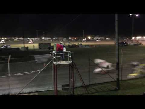 Sprint Car Bandits A-feature - final two laps 5/13/17 Superbowl Speedway