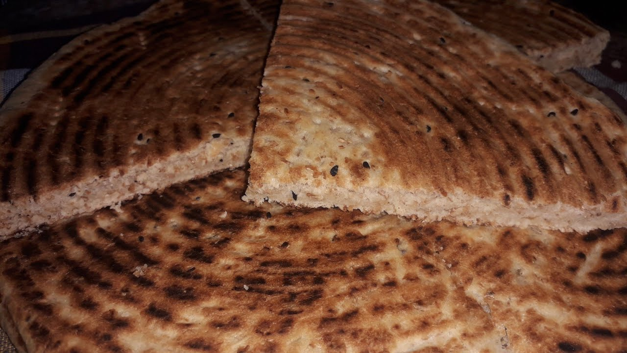 كسرة بفرينة القمح الكامل✔  خفيفة وصحية💯 لصحاب الرجيم 💥