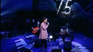 Björk - So Broken