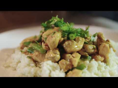 Paleo Chicken Curry on Cauliflower Rice