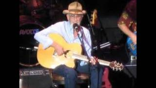 Watch Don Williams Pancho video