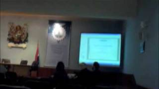 Denunciando Windows Pirata en presentacion de Organizacion anti-pirateria (1/3)...