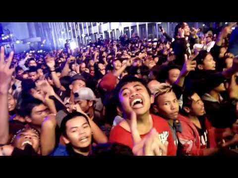 ROSEMARY - PUNK ROCKSHOW LIVE RADIO SHOW BANDUNG 26 FEBUARY 2016 (JLN ASIA-AFRIKA BANDUNG)