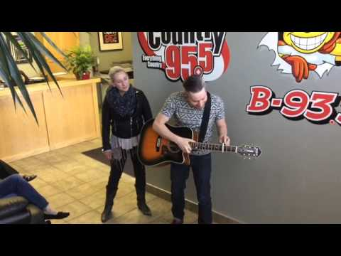 Small Town Pistols visit Country 95