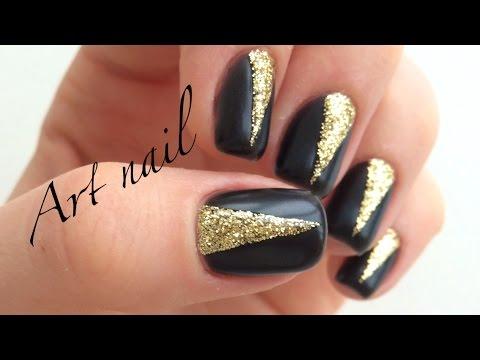 Ногти черные матовые с глянцевым рисунком