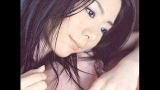 5th Single 『紙ヒコーキ』 より。