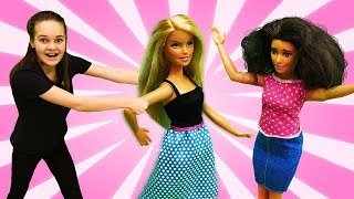 Барби подшутила над Кеном. Игры с Барби