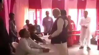 Modi was asked to show id while voting in gujrat