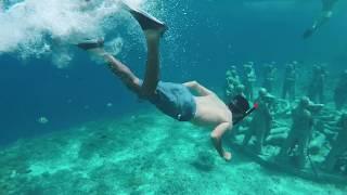 ماذا يوجد أسفل جزيرة بالي ؟ 🧜♂️ Bali