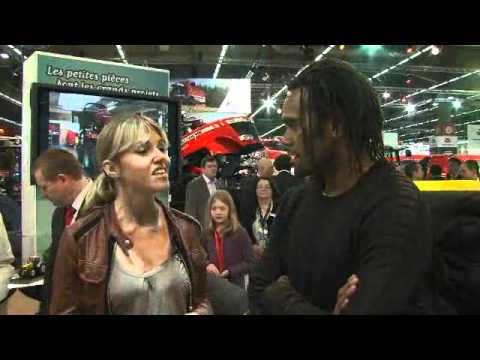 SIMA 2011 -- Christian Karembeu sur le stand MF