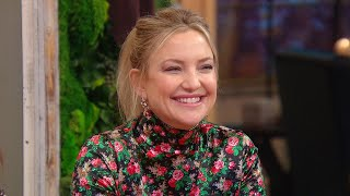 Kate hudson gushes about mom goldie hawn and kurt russell — dishes on her famous family's dynamic.