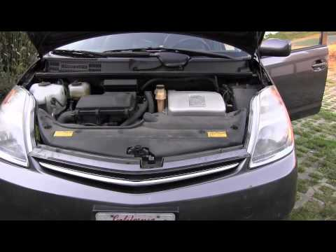 How To Jumpstart A Prius >> How To Jump Start Toyota Prius Youtube