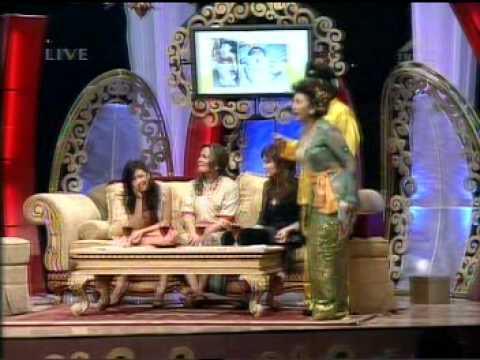 Sherina Munaf, Agnes Monica, & Christine Hakim at CERIWIS (Kartini Day)