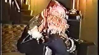 Download Video Santa 1991 MP3 3GP MP4
