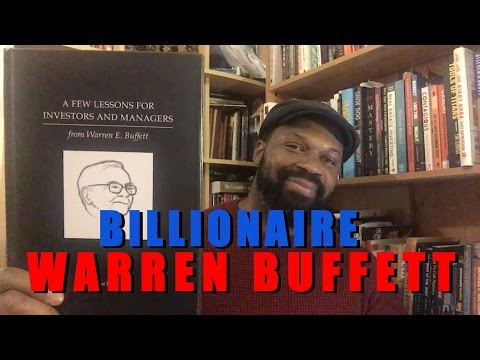 How Billionaire Warren Buffett Invests His Money