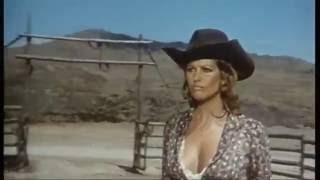 LAS PETROLERAS  Brigitte Bardot y Claudia Cardinale, (MERCURY FILMS)