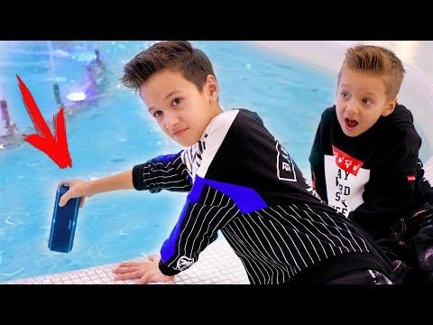 Дети БРОСИЛИ Колонку в ВОДУ! What Kids Threw into the Water