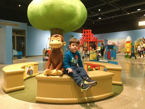 Rockford Discovery Center/Curious George Exhibition/Best Children's Museum-Twins fun time