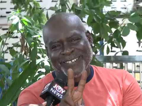 Watch Actor Kofi Adjorlolo sings