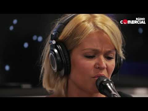 Rádio Comercial   Aurea canta 'Done with You'