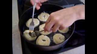 Пончики!(В этом видео Я покажу Вам, как приготовить пончики дома. Быстро! Просто! Вкусно!, 2013-09-04T11:21:18.000Z)